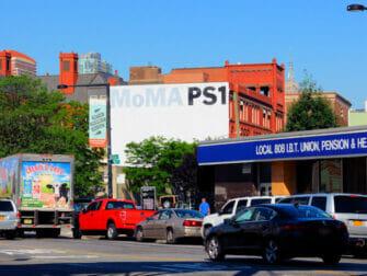 Long Island City i New York - MoMa PS1
