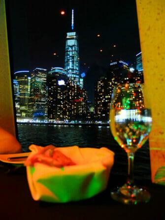 Cruise med middag i New York - One World Trade