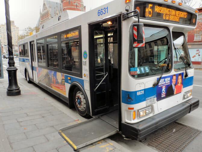 Nedsatt funksjonsevne i New York - Buss