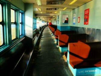Staten Island Ferry - Innvendig