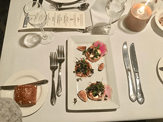 Julaften-cruise med middag i New York - Middag
