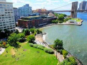 Parker i New York - Brooklyn Bridge Park