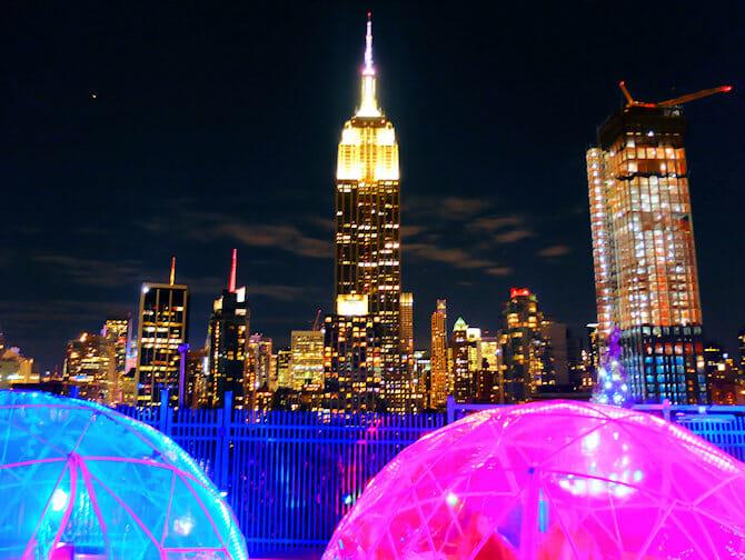 De beste rooftop barene i New York - 230 Fifth og Empire State