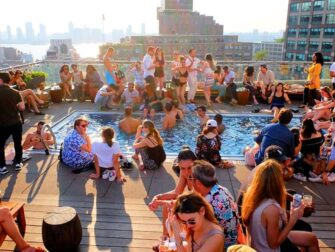 De beste rooftop-barene i New York - The Pool