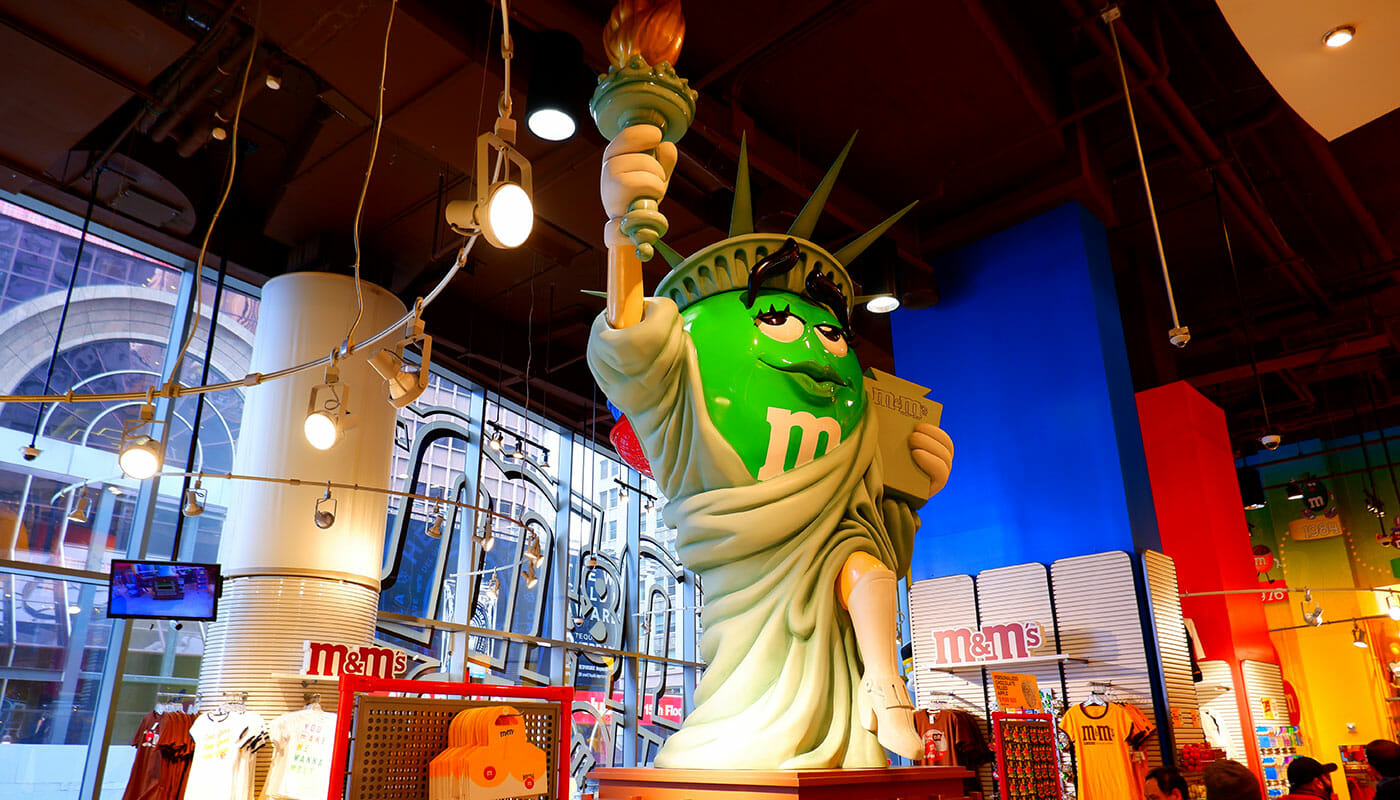 M&M's Store Times Square - Lady Liberty