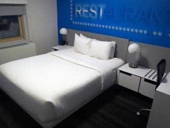 Row NYC Hotel - Soverom