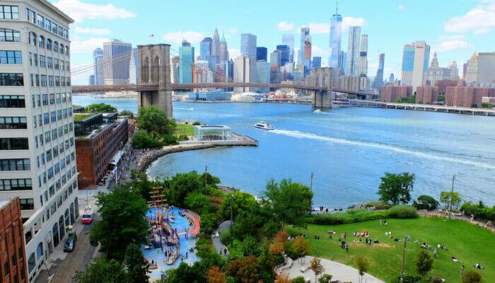 Lekeplasser i New York - Main Street Playground