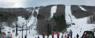 Ski eller Snowboard dagstur i New York
