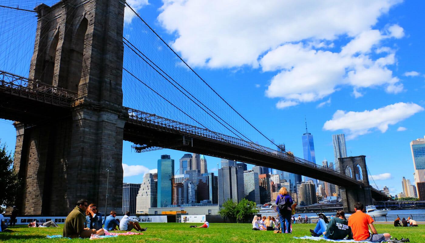 Brooklyn Bridge Park i New York - Avslapping