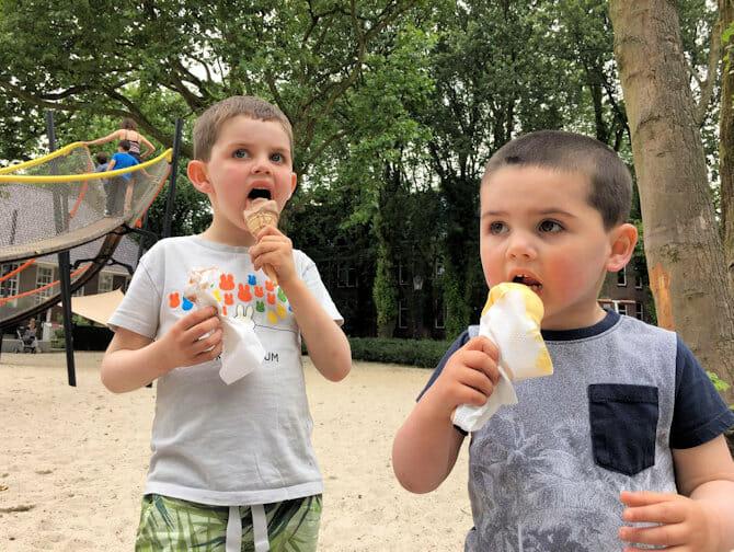 Spise ute med barn i New York