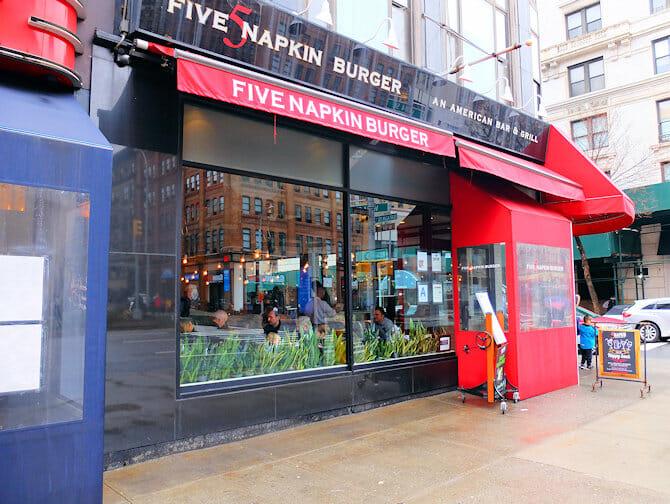 Hells Kitchen i New York - Five Napkin Burger