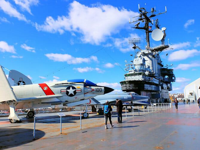 Veterans Day i New York - Intrepid Museum