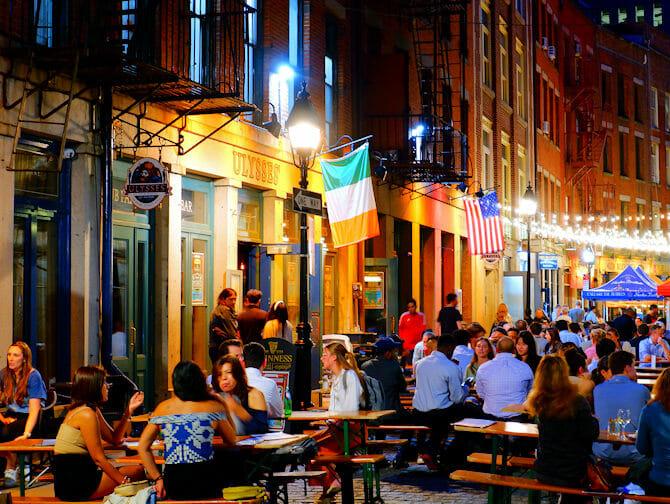 Stone Street restauranter i New York - Barer og restauranter