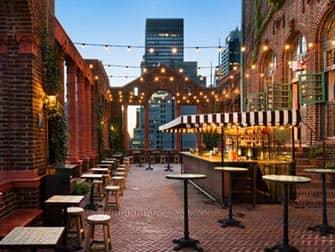 Pod 39 Hotel i New York - Takterrasse med bar
