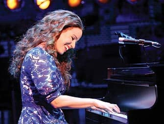 Beautiful: the Carole King Musical Broadway tickets - Piano