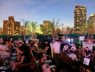 Guidet tur til rooftop barer i New York - 230 Fifth