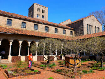 The Met Cloisters i New York - Hage
