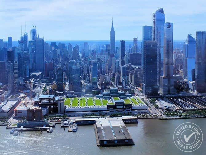 Helikoptertur i New York - Flyr over Hudson