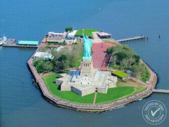 Helikoptertur i New York - Frihetsgudinnen