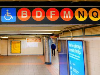 Nedsatt funksjonsevne i New York - Subway