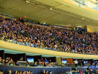 Dra på en New York Rangers kamp - Publikum