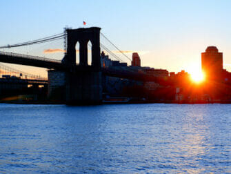 South Street Seaport i New York - Brooklyn Bridge