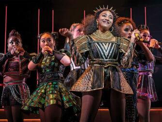 SIX Broadway Tickets - Forestillingen