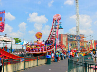 Luna Park på Coney Island Tickets - Karusell i fornøyelsesparken