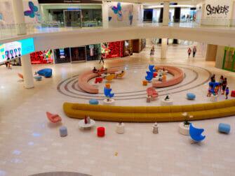 American Dream Mall nært New York - Butikker