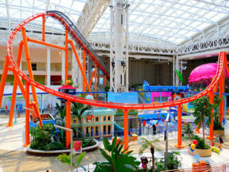 Nickelodeon Universe Amusement Park nært New York Tickets - inne i fornøyelsesparken